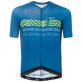 Equipación ciclismo OAKLEY 2019